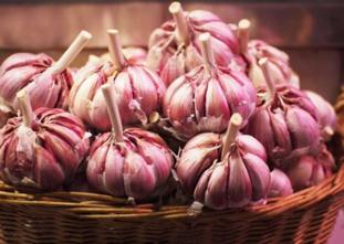 Como escolher cebola e alho: confira as dicas